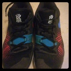 Kyrie Ervin shoes